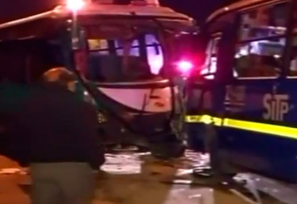 Impactante video tras choque de SITP con bus escolar