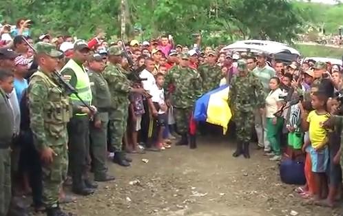 Video: dolorosa despedida del soldado caído en el Cauca