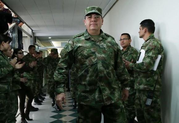 El retirado general Barrera seguiría asesorando a las FF.MM
