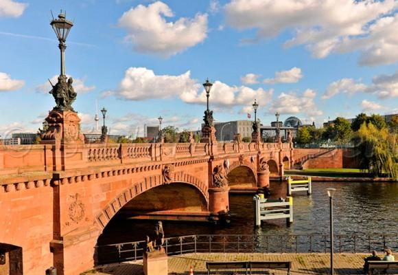 Batalla por el puente Moltke de Berlín