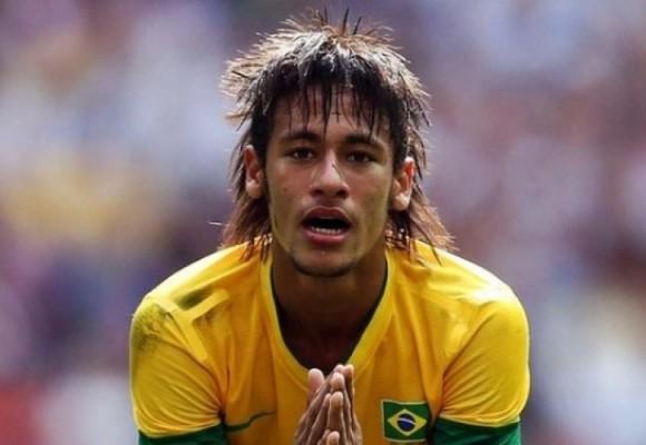 Neymar humillado por los guerreros de la Selección Colombia