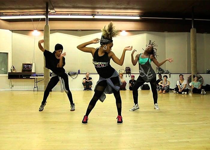 Bailando al ritmo del barrio - 3 3