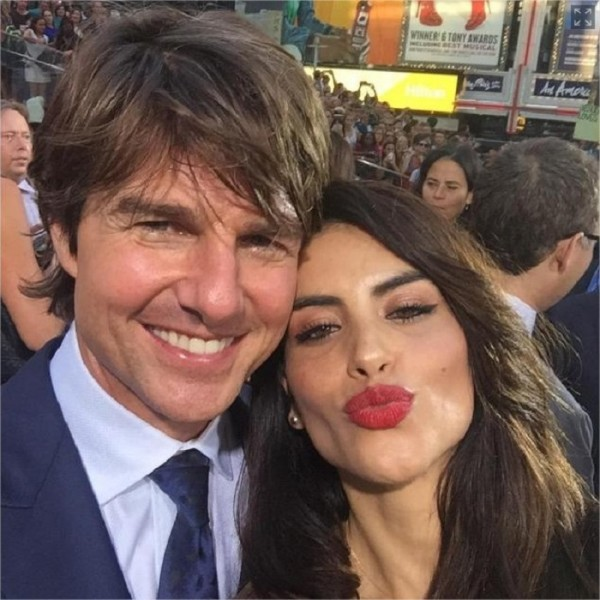 Tom Cruise meets media sensation Univision's Jessica Cediel - NY Daily News - Google Chrome