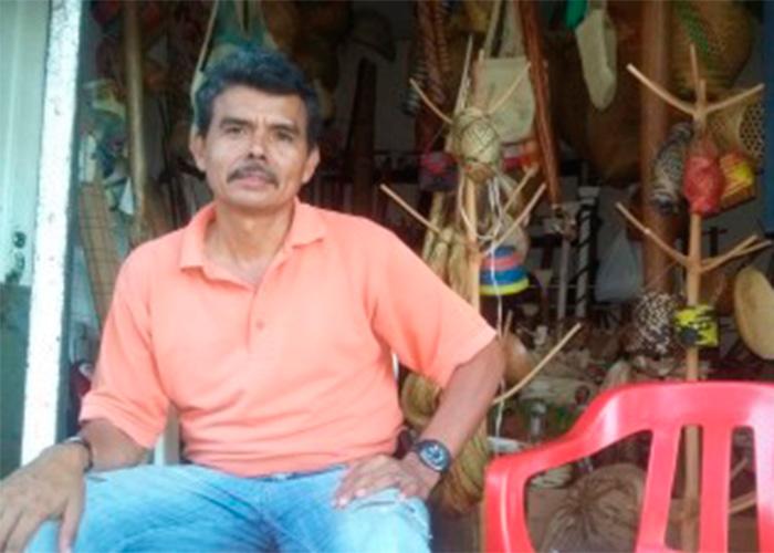 'Las vivencias del Guaviare', el libro del indígena artesano