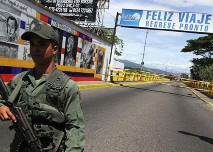 '¿Y si echamos a los venezolanos?'