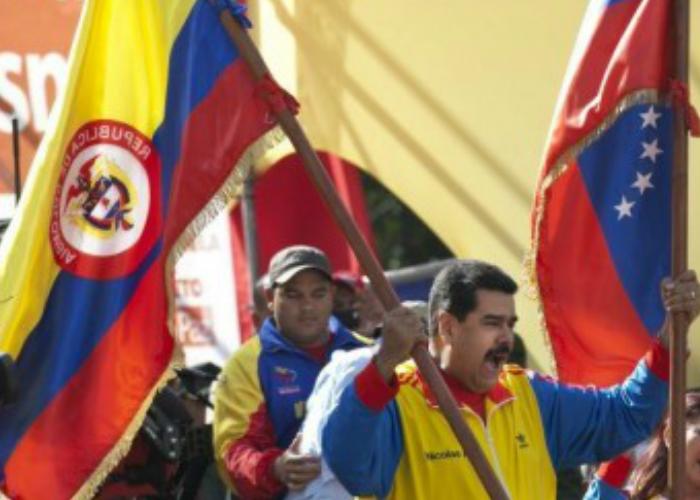 Maduro ha violado la ley ondeando nuestro símbolo patrio