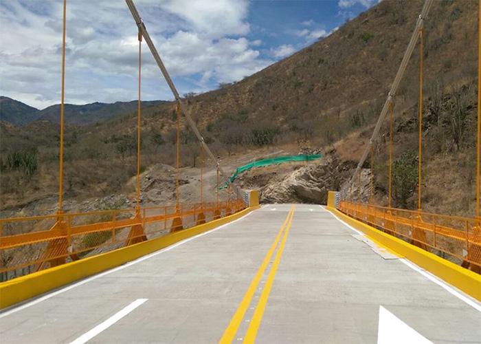 Puente de Guambuyaco: ¿un nuevo elefante blanco?
