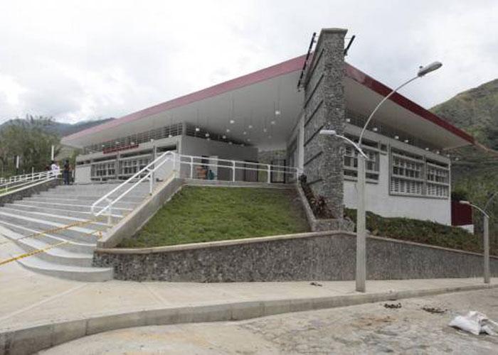¿Necesitaba Antioquia los 80 parques educativos?