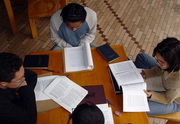 Comunidad académica analiza propuesta de educación terciaria