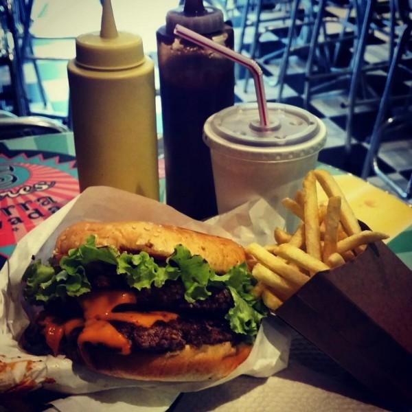 Foto: Foursquare. Además de las hamburguesas, las malteadas también son reconocidas.