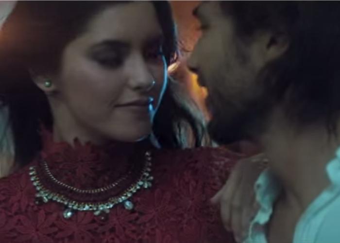Vídeo de Carlos Vives con Paulina Vega arrasa en Youtube
