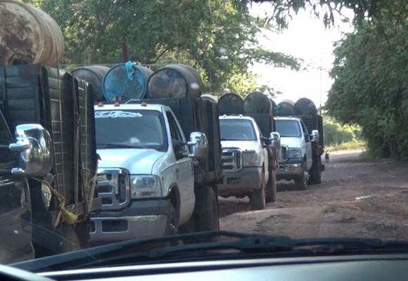 Video: En las entrañas del contrabando de gasolina y comida en la frontera