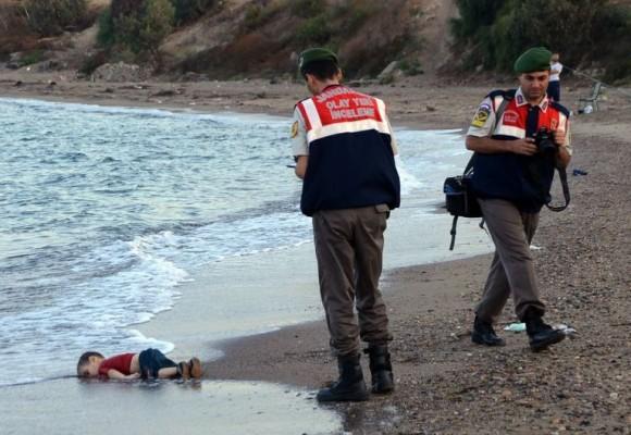 La foto de la indiferencia de Europa con los refugiados