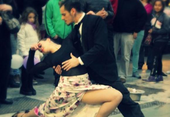 La colombiana que enamora a Buenos Aires bailando tango