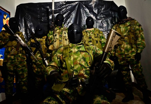 Corrupción, paramilitarismo y posconflicto