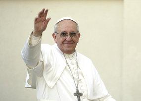 El Papa llama al entendimiento entre Santos y Maduro