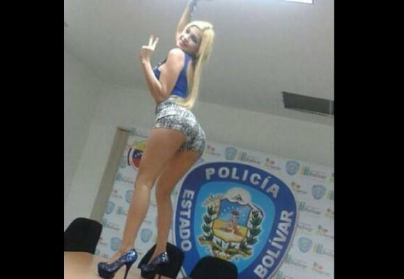 Polémica foto en sede de la policía de estado oficialista de Venezuela
