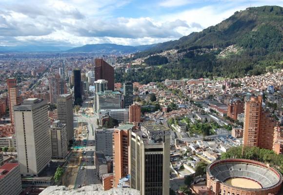 Bogotá, ese hueco que tanto critican los arribistas