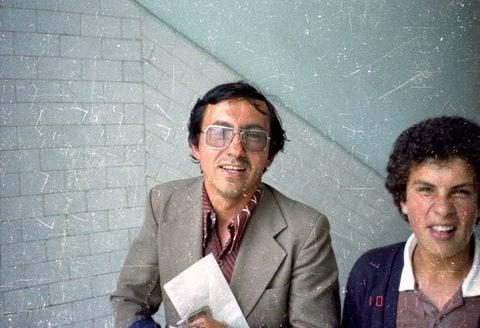 Hurtado ha sido profesor en el Colegio Champagnat de Bogotá por varias décadas de Literatura/Español