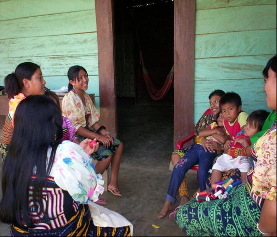 Después de un tiempo de trabajo de campo, logró entrar en la cotidianidad del grupo indígena.