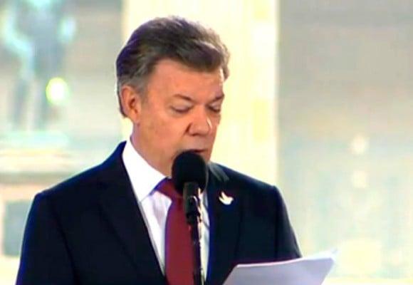 Santos pide perdón y reconoce responsabilidad del Estado frente a las víctimas del Palacio de Justicia