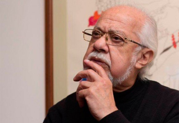 Carlos Muñoz lleva tres años sin trabajar y se debate entre la vida y la muerte