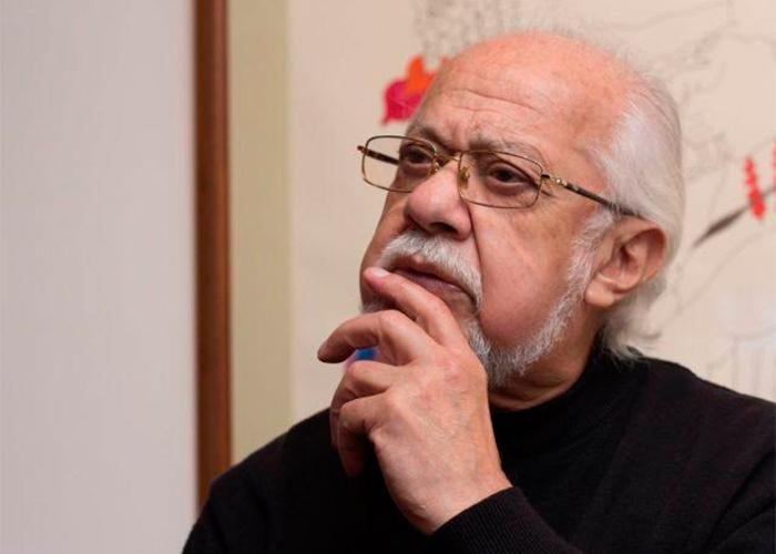 Carlos Muñoz lleva tres años sin trabajar y se debate ...