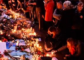 El pánico y los homenajes se toman París