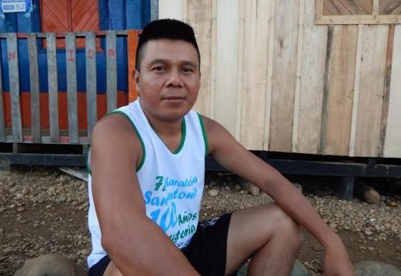 El profesor que conservó su escuela Embera Chamí Puro