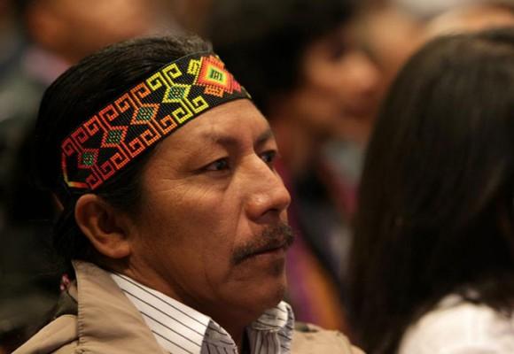 Intentan matar al líder indígena Feliciano Valencia