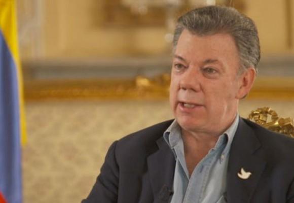 'Si pierdo el plebiscito estaría en serios problemas': Santos
