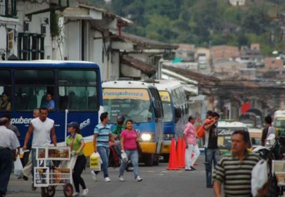 La contaminación y el despelote vial en Popayán