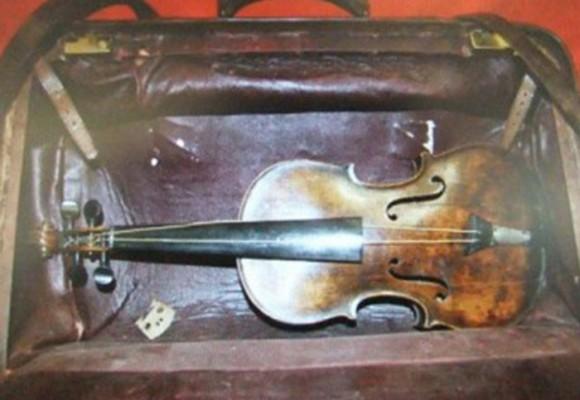 El violín que ni Dios pudo hundir con el Titanic