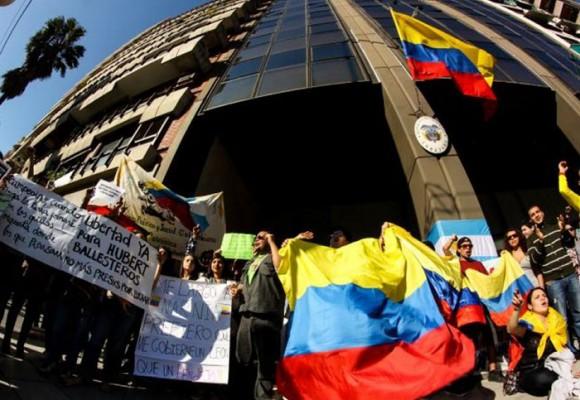 Del Consulado de Colombia en Buenos Aires y otros demonios