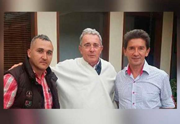 El dilema del Luis Pérez para sellar su alianza con Uribe
