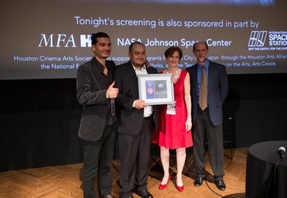 Nasa premia a joven director de cine colombiano