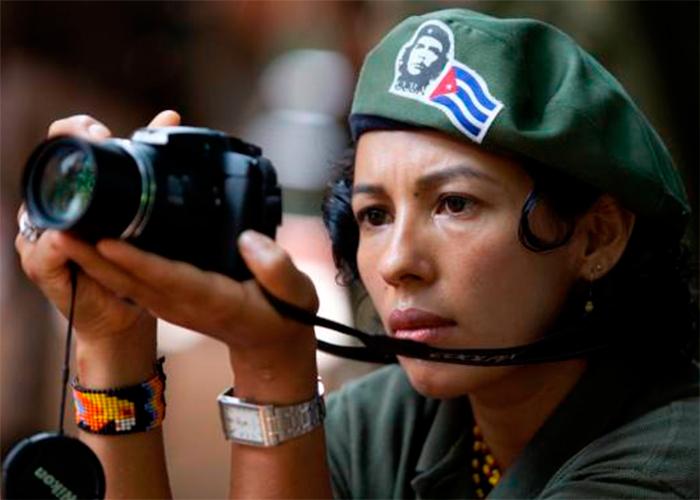 Camila Cienfuegos: la cara de las Farc frente a la prensa internacional