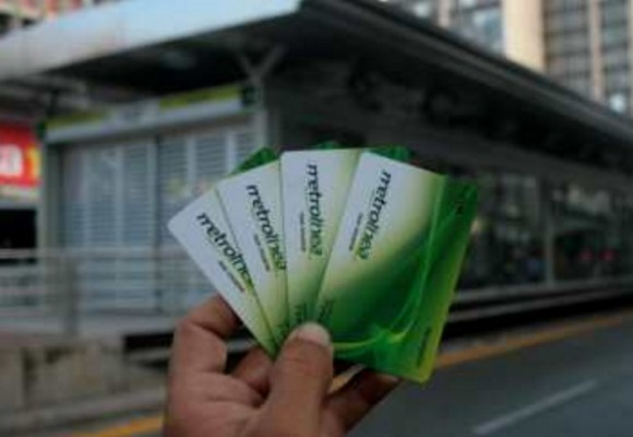 El sistema de transporte que profundiza la crisis en Bucaramanga