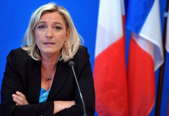 Francia gira hacia la extrema derecha