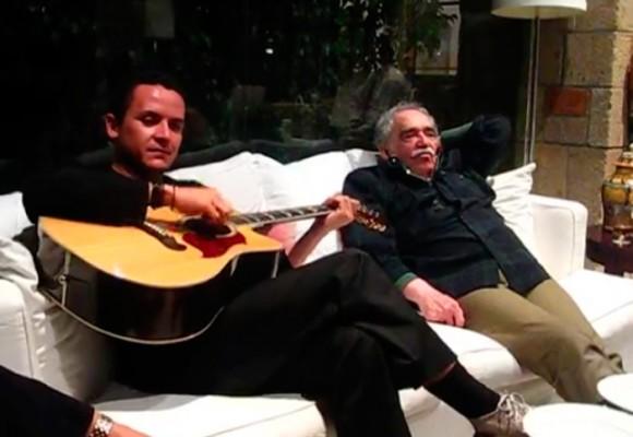 El video en el que Fonseca hace llorar a Gabo con esta serenata