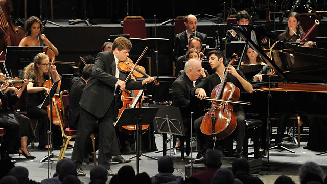 Baremboim y la West-Eastern Divan Orchesta en Londres.