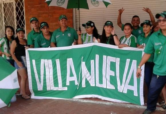 Verde, el color oficial de la navidad y las buenas acciones en Villanueva