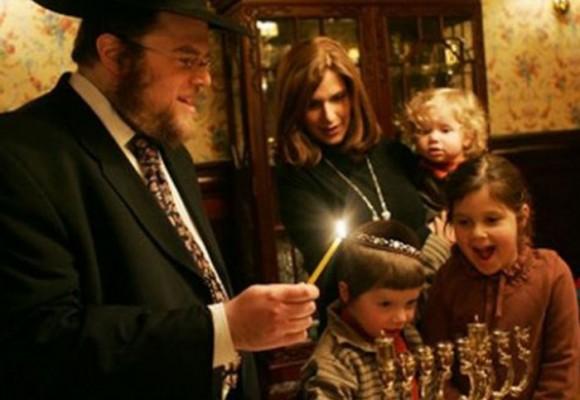 La Navidad y la fiesta judía de las luces