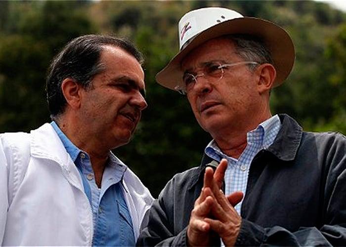 Los $13 billones en empresas públicas que vendió Uribe