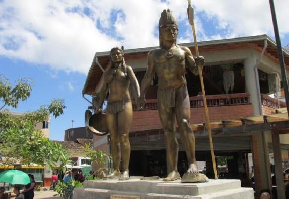 Los anoriceños cuentan con una nueva escultura en honor a los Noríes