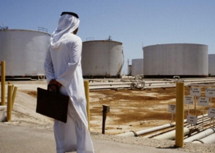 Arabia Saudita 'reconoce' el fin de la era del petróleo rentable
