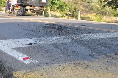 carbón en las vías. Foto: Víctor de Currea-Lugo