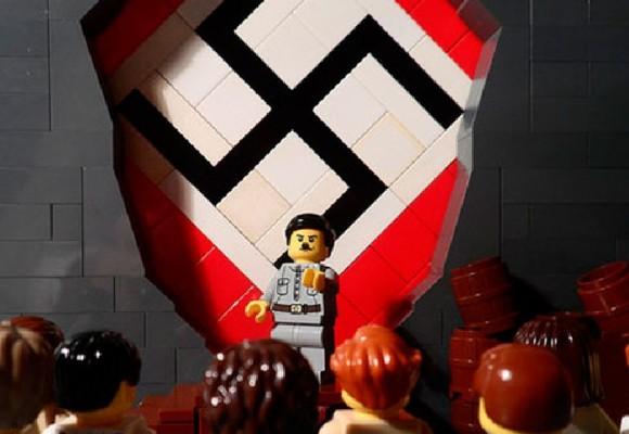 La historia del Holocausto Nazi contada con fichas de LEGO
