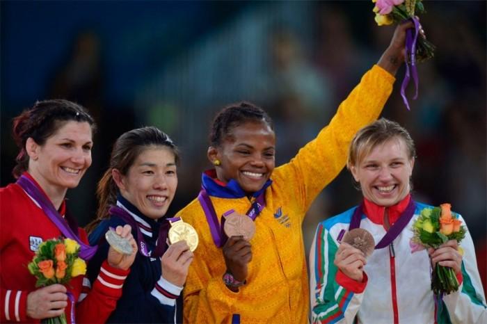 Cortesía el Espectador  durante la premiación de los Juegos Olímpicos Londres 2012