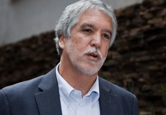 'Peñalosa: el hombre que cree que sacará de las ruinas a Bogotá'
